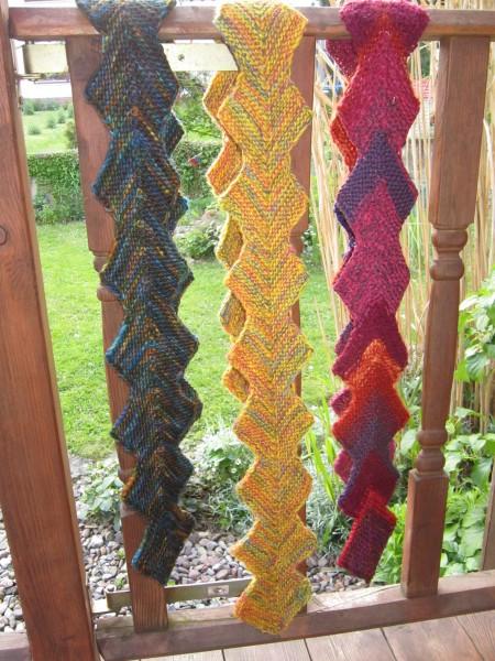 Schal mit Zacken