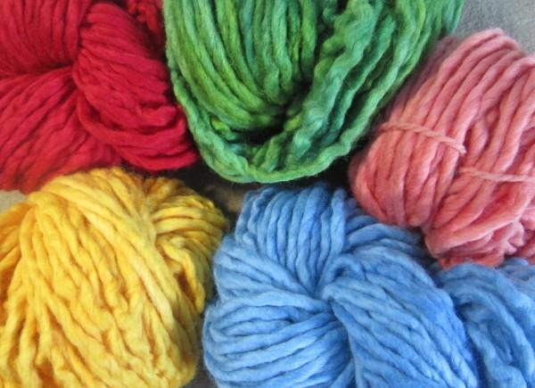 Wash-Filz-Schafwollgarn zum Strickfilzen Dochtgarn pflanzengefärbt