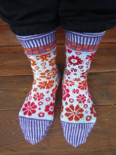 Socks Latvian Blooms